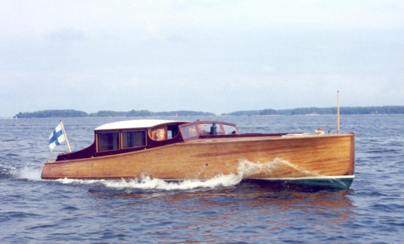 Sirkka, Salonkivene